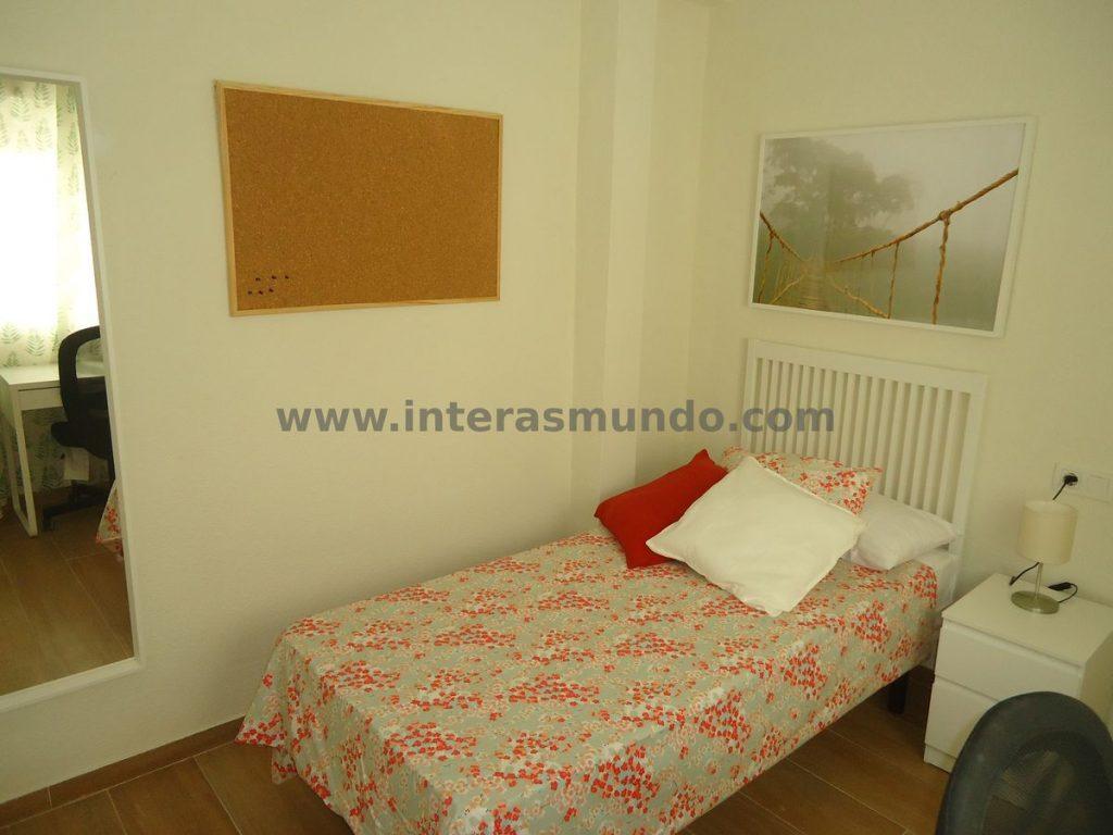 Habitación para estudiantes Erasmus en Camino de los Sastres, en Ciudad Jardín, Córdoba